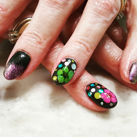 Floral And Glitter Nail Art